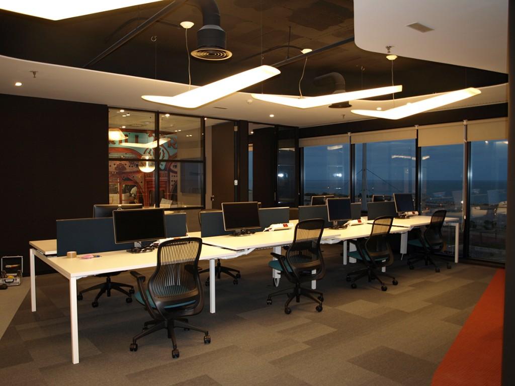 Espirea rehabilitaci n oficinas microsoft en barcelona for Oficinas barcelona